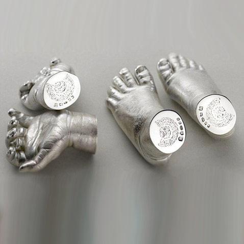 слепки рук и ног принца Джорджа