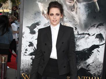 """Кристен Стюарт (Kristen Stewart) не постеснялась обнажиться в фильме """"На дороге"""""""