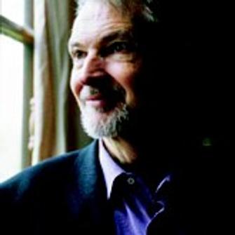 , автор книги «Виртуальность, любовь моя» («Virtuel, mon amour», Albin Michel, 2008).