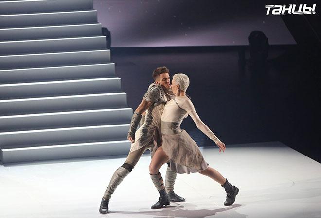 Настя Вядро на шоу Танцы