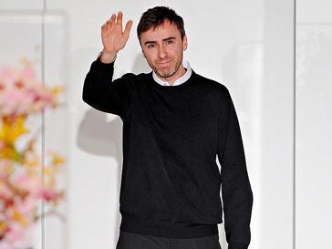 Раф Симонс (Raf Simons) стал преемником Джона Гальяно (John Galliano) в Dior