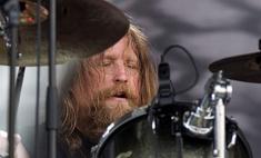 Барабанщик метал-группы вышел из комы после коронавируса и заявил, что разочаровался в Сатане