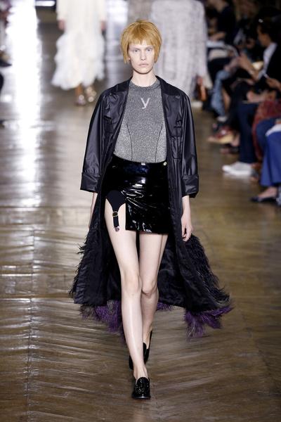 Показ Ulyana Sergeenko на Неделе Haute Couture в Париже | галерея [1] фото [8]