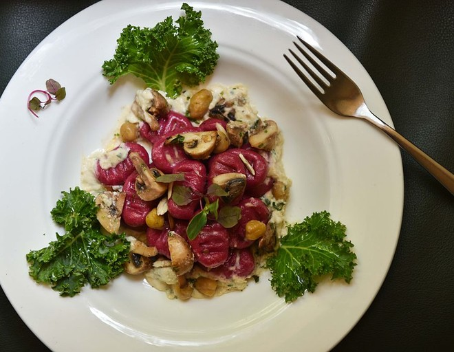 i рецепты салатов с жареными грибами