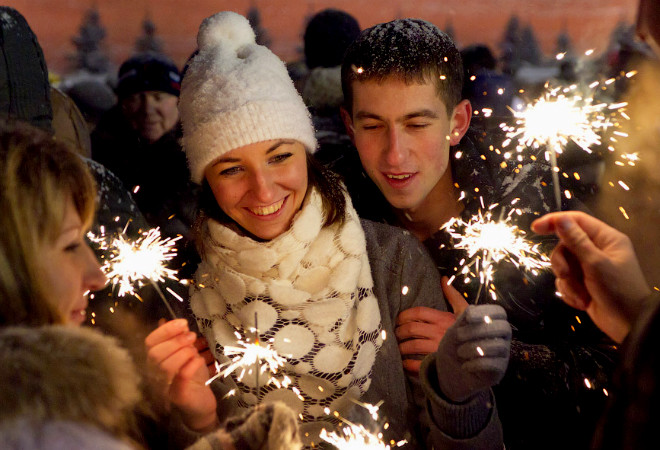 Новый год 2015 в Петербурге, куда пойти, сходить, поехать с детьми, развлечения в Санкт-Петербурге