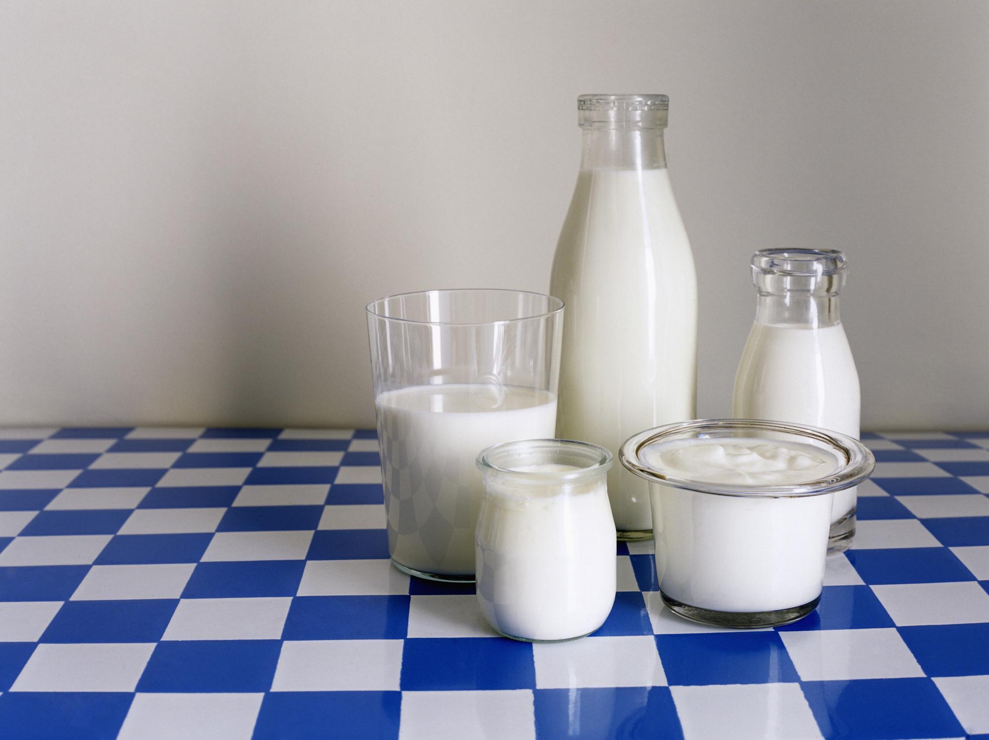 Как сделать йогурт из кефира и молока в домашних условиях