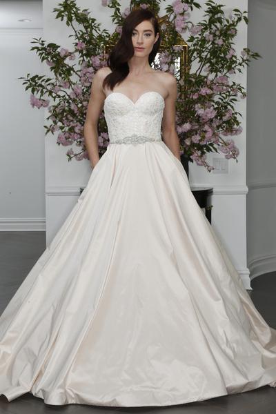 60 пышных свадебных платьев 2015 | галерея [1] фото [28]