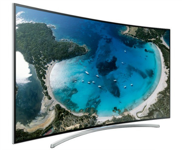 samsung выпустил телевизор с изогнутым экраном