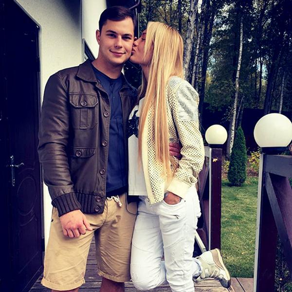 Дом-2: Илья Григоренко и Алена Ашмарина последние новости 2015 фото