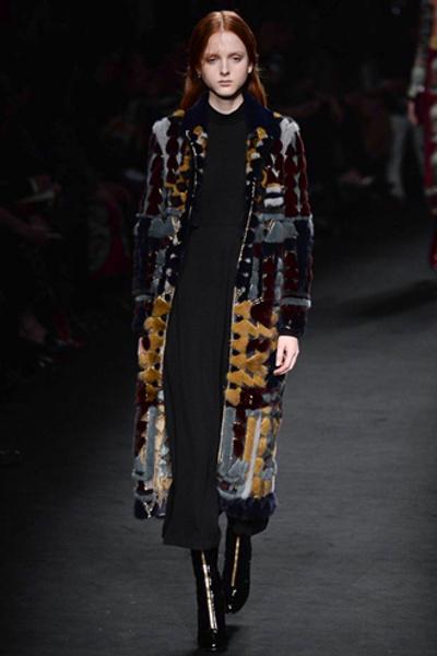 Неделя моды в Париже: показ Valentino ready-to-wear осень — зима 2015-2016 | галерея [1] фото [40]