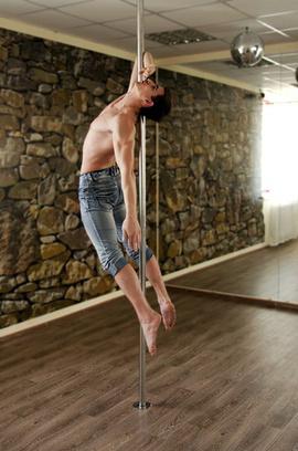 Влад Григорьев, тренер по Рole Dance в S-STUDIO