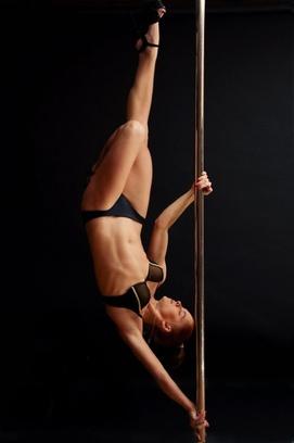 Ольга Кода – победитель различных чемпионатов по ExoticPole, ведущий тренер танцевальной школы «KODA»
