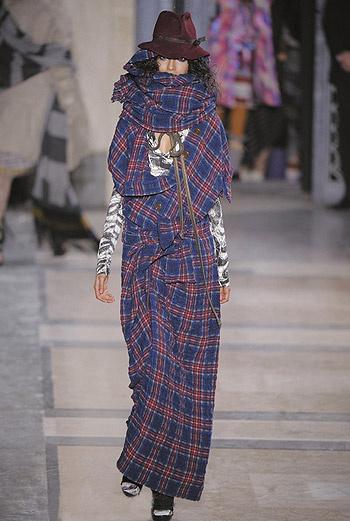 Показ коллекции Vivienne Westwood осень-зима 09/10.