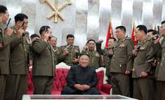 История одного фото: Ким Чен Ын и его верные пистолеты