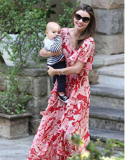 Миранда Керр (Miranda Kerr) с сыном Флинном (Flynn)