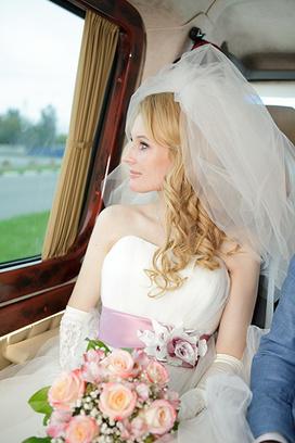 свадьба в Самаре, прически свадебные на длинные волосы фото