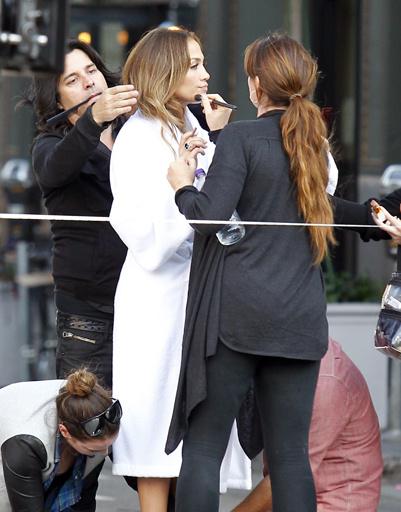 Дженнифер Лопес (Jennifer Lopez) прекрасно выглядит, несмотря на сложности в личной жизни.