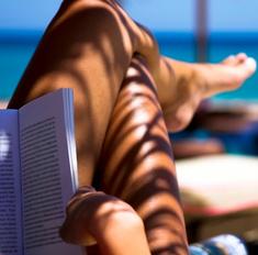 Выбери книгу для отпуска и скачай ее бесплатно