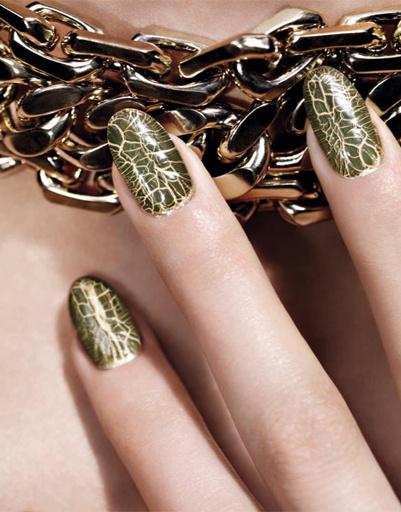 """Лаки для ногтей из коллекции """"Золотые джунгли"""" от Dior, сезон осень-2012"""