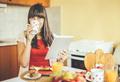 Еда на автопилоте: пять шагов, чтобы вернуть себе контроль