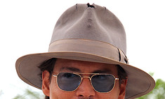 Депп в дырявой шляпе: мода Канн-2011