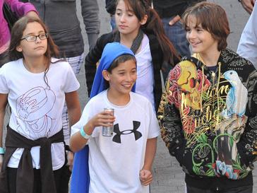Дети Майкла Джексона (Michael Jackson) скучают по папе