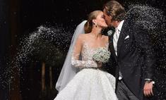 Наследница империи Swarovski вышла замуж в платье за $900 тыс.
