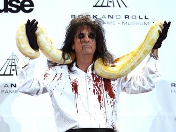 Элис Купер (Alice Cooper) вошел в Зал славы рок-н-ролла