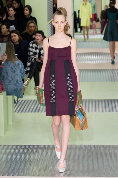 Показ Prada на Неделе моды в Милане | галерея [1] фото [17]