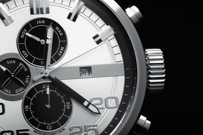 посоветуйте хорошие мужские часы