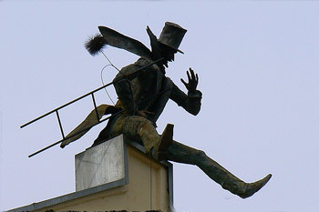 Памятник трубочисту.