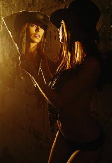 Дженна приобрела звездный статус после того, как снялась в фильме Говарда Стерна «Части тела».