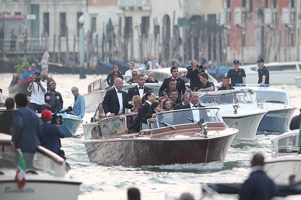Гости съезжаются на свадьбу Джорджа Клуни и Амаль Аламуддин