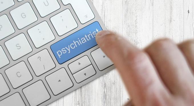 Сети раздора: чего мы ждем от психологов в интернете?
