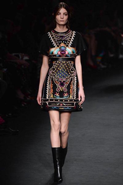 Неделя моды в Париже: показ Valentino ready-to-wear осень — зима 2015-2016 | галерея [1] фото [15]
