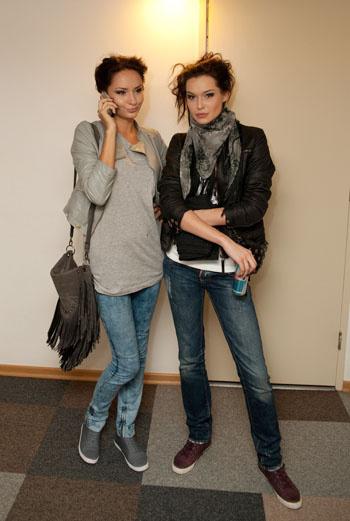 Близнецы – особая категория модных людей. Одетые в одном стиле, они выглядят на десять баллов из десяти возможных.