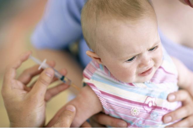 когда после прививки можно купать ребенка