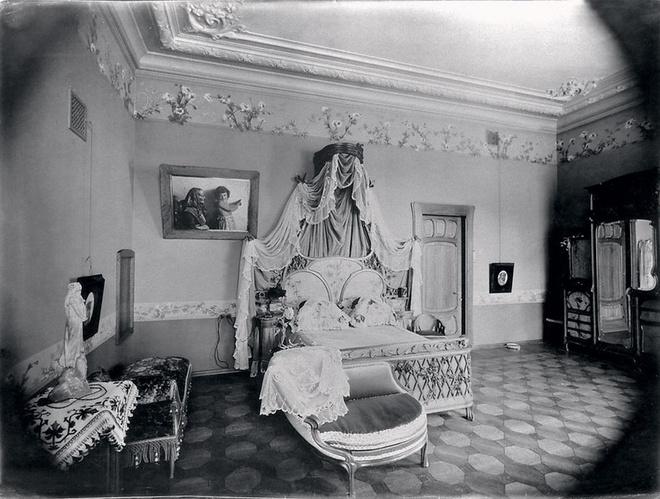 Спальня в доме Н.А. Терентьева в Петровском переулке. Архитектор Н.А. Иванов-Шиц. 1900-е годы.