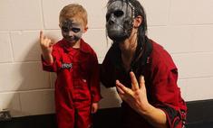 пятилетний фанат slipknot отжигал концерте покорил кумиров заодно