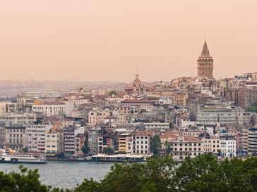 Панорамный вид турецкого берега
