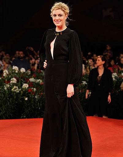 Ариана Лабед (Ariane Labed) на церемонии закрытия 68-го Венецианского кинофестиваля