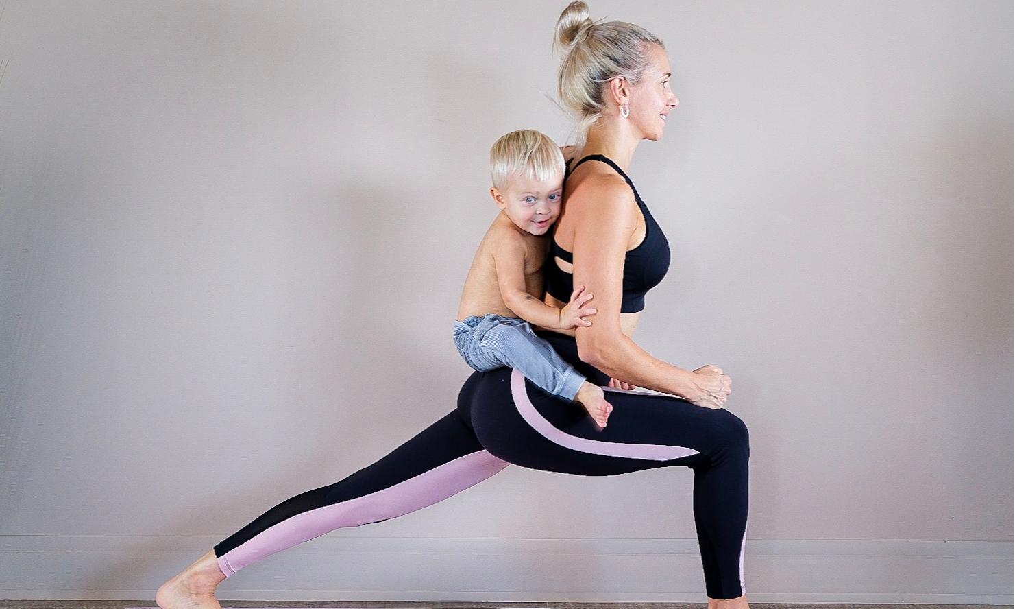Как превратить мамину йогу в увлекательное приключение для ребенка
