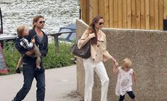 Анджелина Джоли и Брэд Питт арендовали поезд для себя и детей