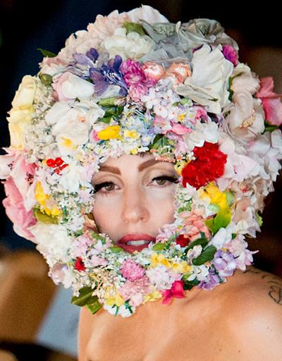 Леди Гага, Филип Трейси