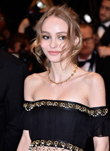 Лили-Роуз Депп стала лицом нового аромата Chanel