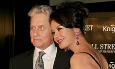 Кэтрин Зета-Джонс отказывается от выгодных контрактов ради мужа
