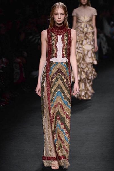 Неделя моды в Париже: показ Valentino ready-to-wear осень — зима 2015-2016 | галерея [1] фото [3]