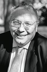 Ролан Жувен (Roland Jouvent), психолог, преподаватель университета Paris VI, директор научно-исследовательского центра Emotion Национального центра научных исследований Франции (CNRS).