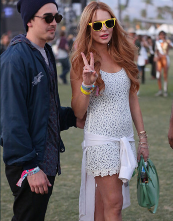 Линдсей Лохан (Lindsay Lohan) на музыкальном фестивале Coachella 2012