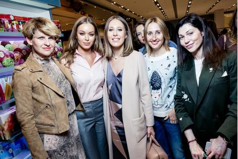 Дотянуться до звезд: показ коллекции A LA RUSSE Anastasia Romantsova осень-зима 2015-2016 | галерея [1] фото [20]